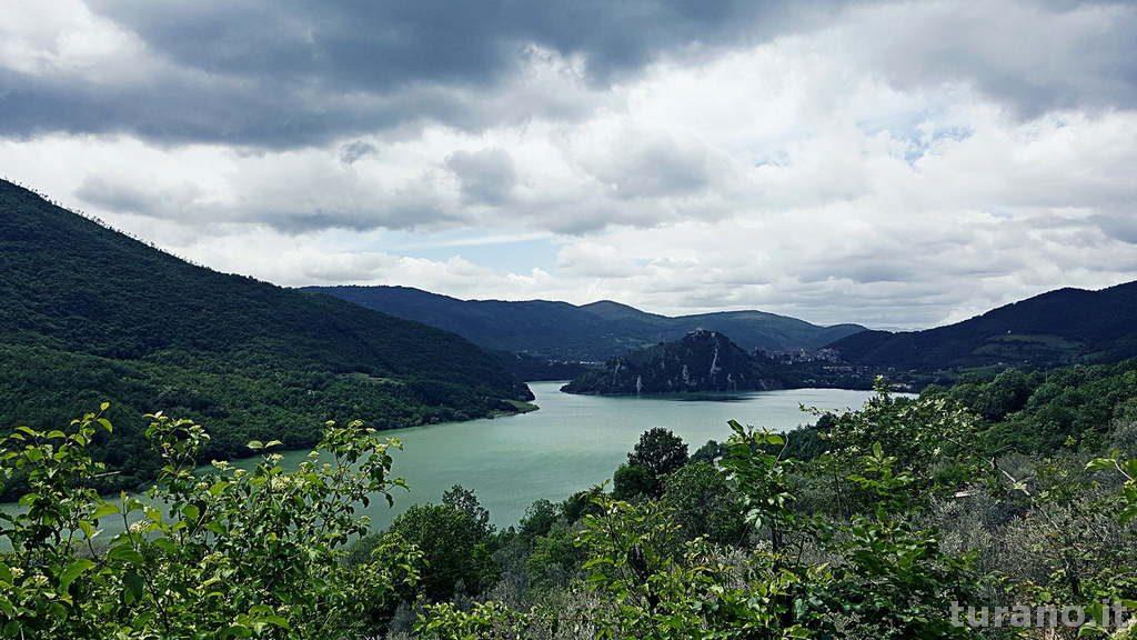 Lago Turano Rieti vista da Ascrea
