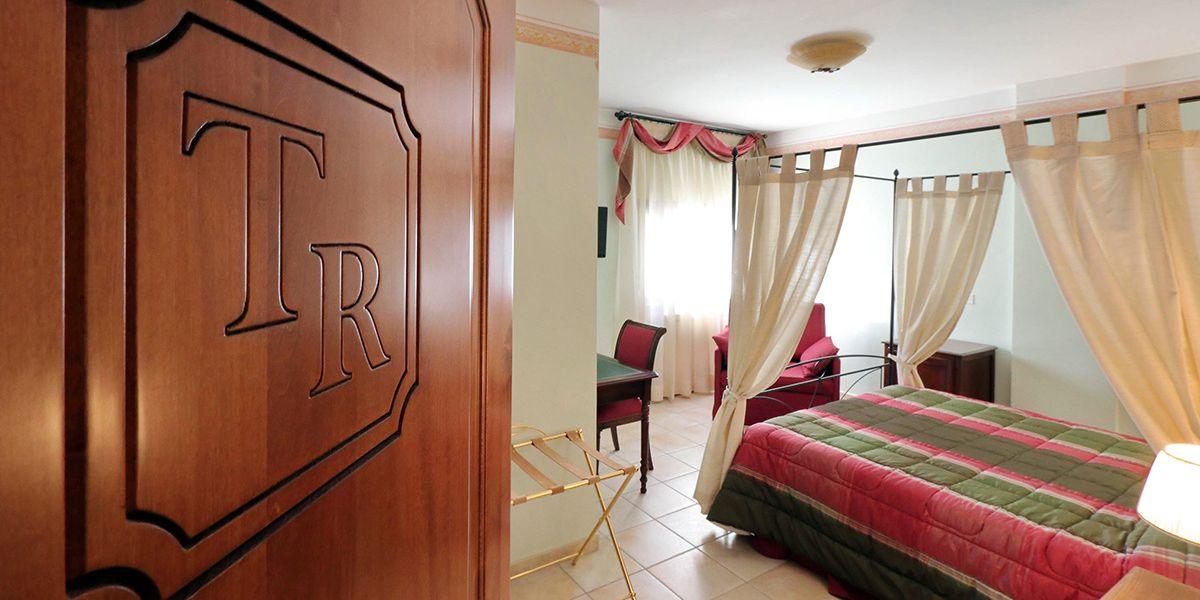 Scorcio Camere Turano Resort Colle di Tora RI