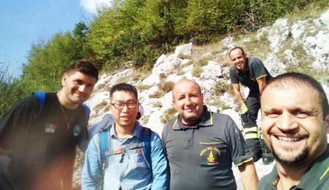 Turista disperso in montagna, ritrovamento e storia a lieto fine per il cinese grazie ai motociclisti!